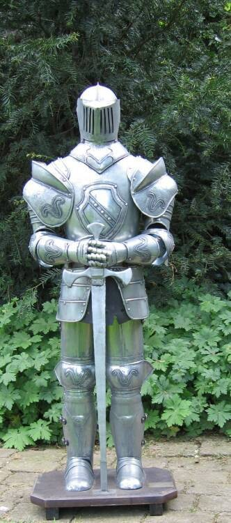 how to create an armor stand with a sword
